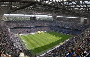 Een voetbalwedstrijd bezoeken in Italië tijdens je vakantie