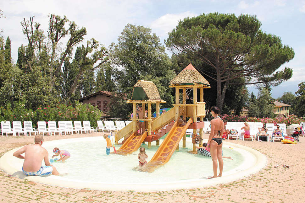 Camping Norcenni Girasole Club (2)